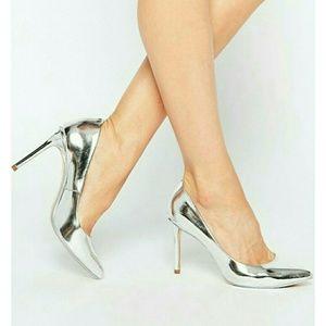 Ted Baker London Laorell Leather Court Shoe Sz 39